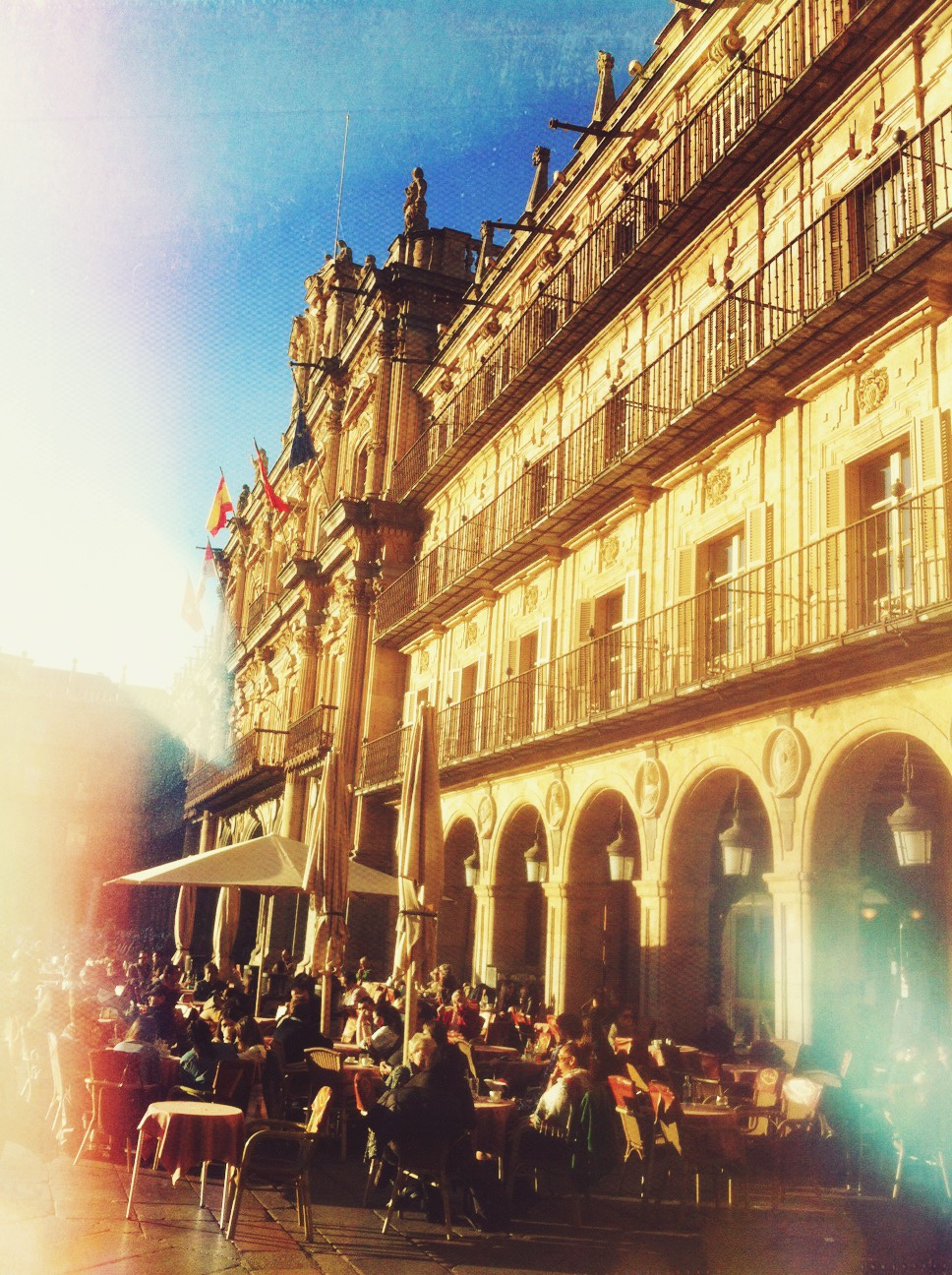 Plaza Mayor de Salamanca, foto tomada con un iPhone 4 y editada en Afterlight