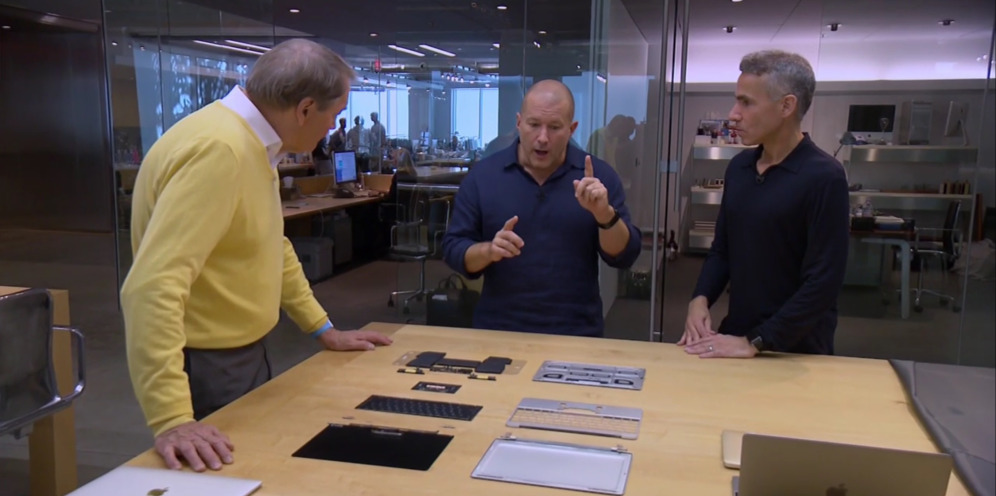 Jonathan Ive con Charlie Rose