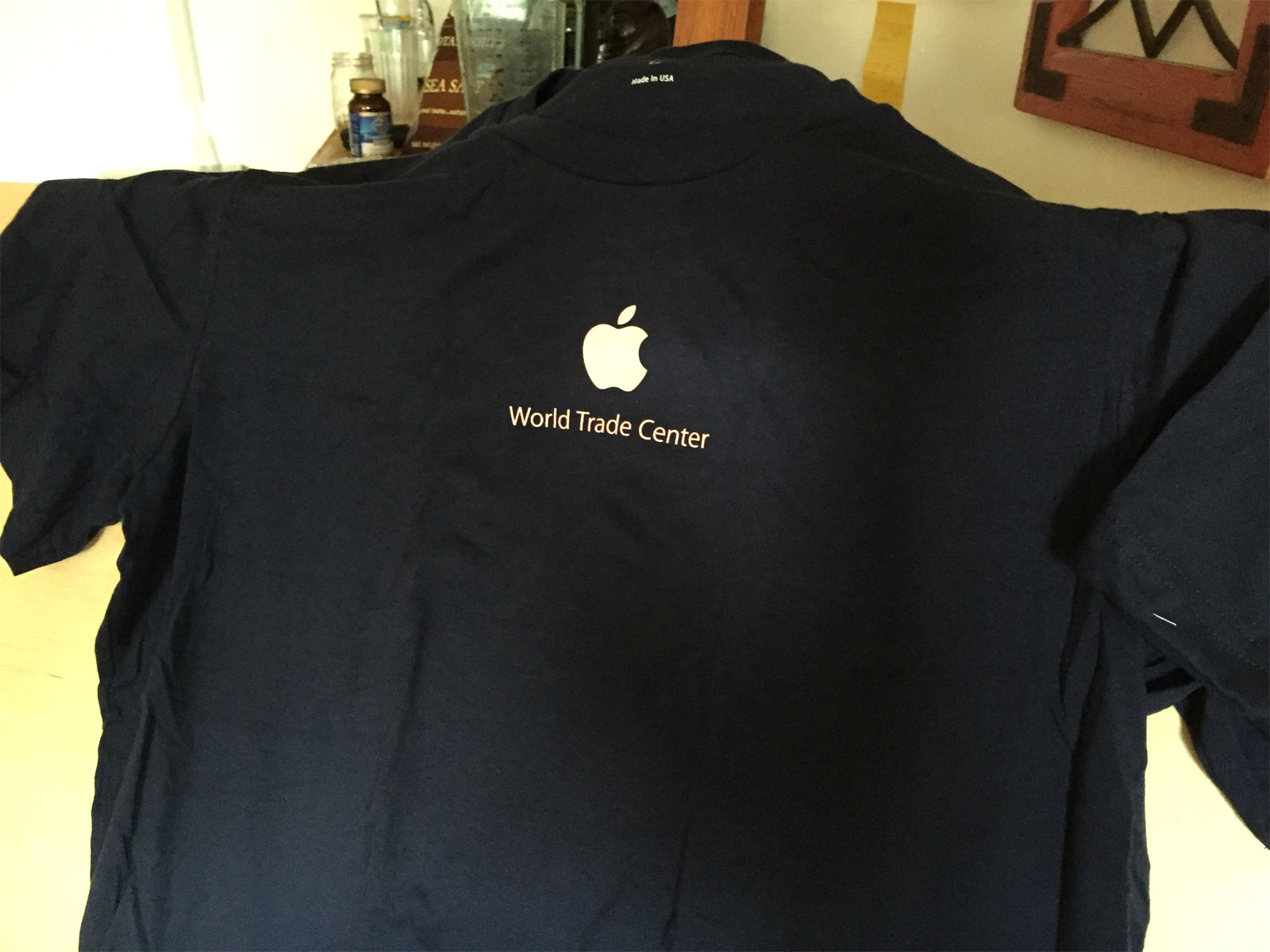 Camiseta conmemorativa del la apertura de la Apple Store del World Trade Center