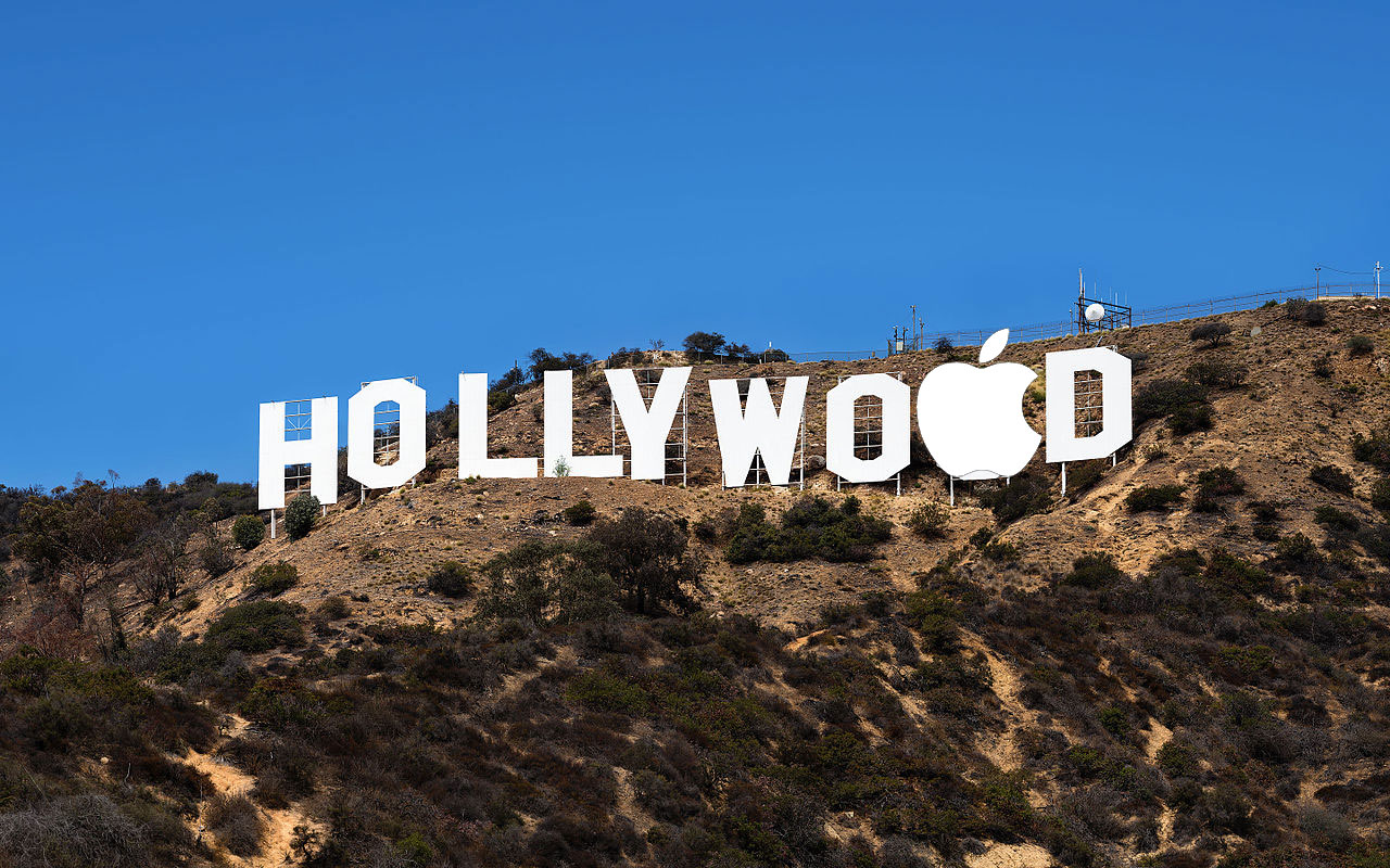 Hollywood con el logo de Apple