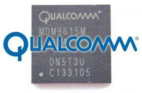 Baseband del iPhone 5 con el logo de Qualcomm