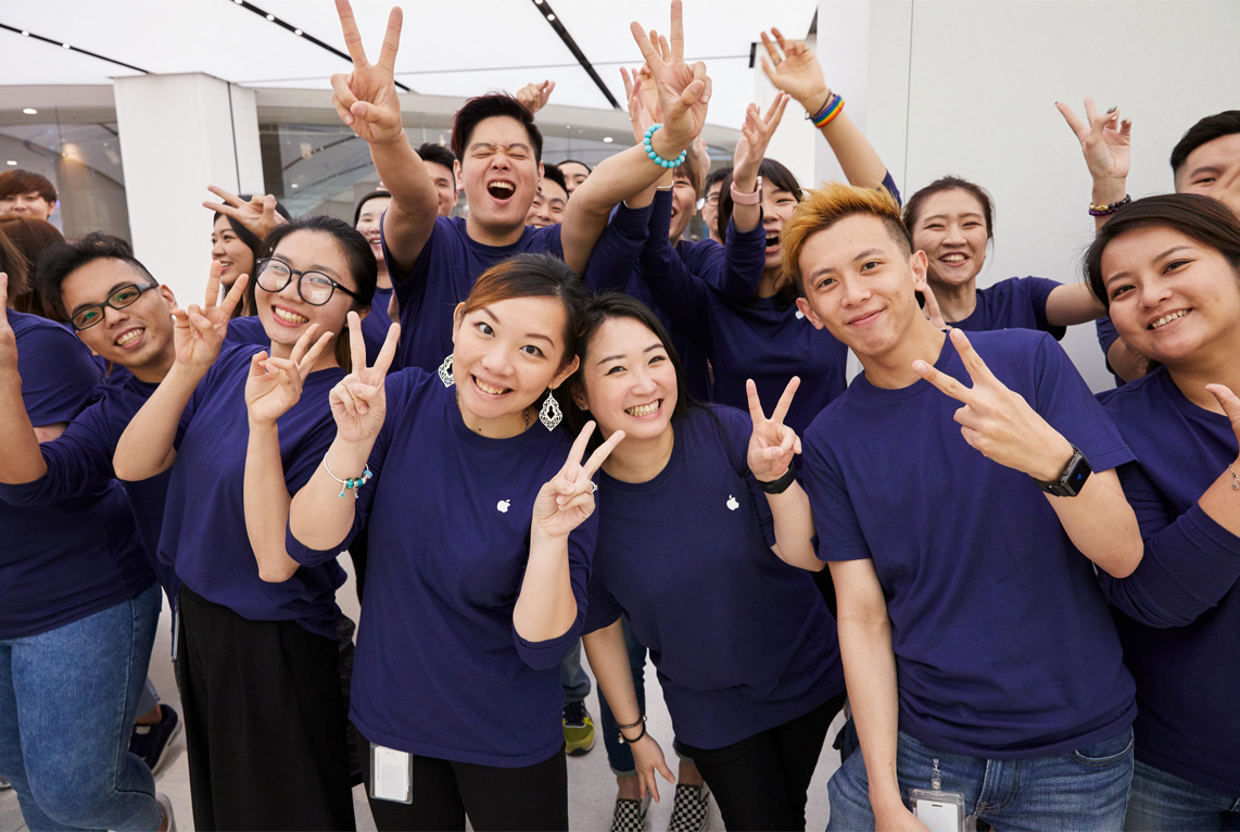 Apple Store employees in Taipei, Taiwan