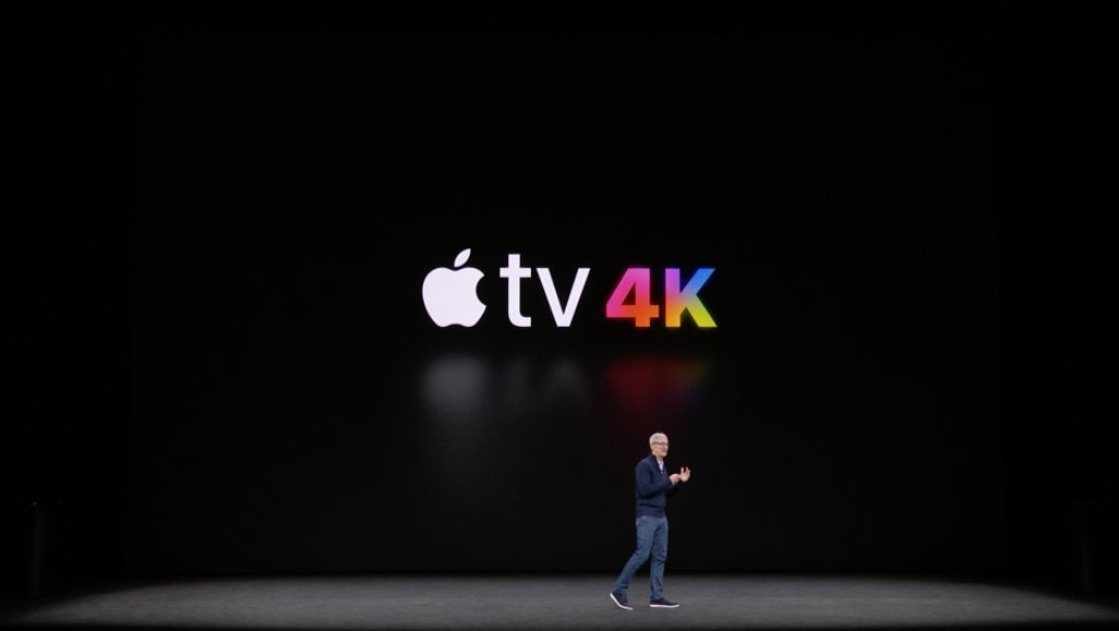 Tim Cook presentando el Apple TV 4K