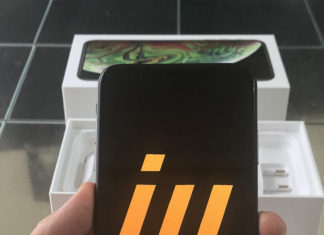 Logo de iPhoneros en el iPhone XS Max (unboxing)