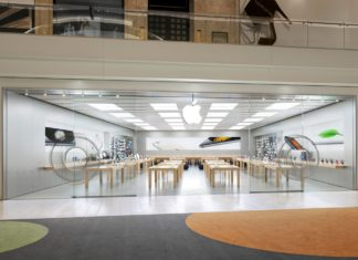 Apple University Town Center